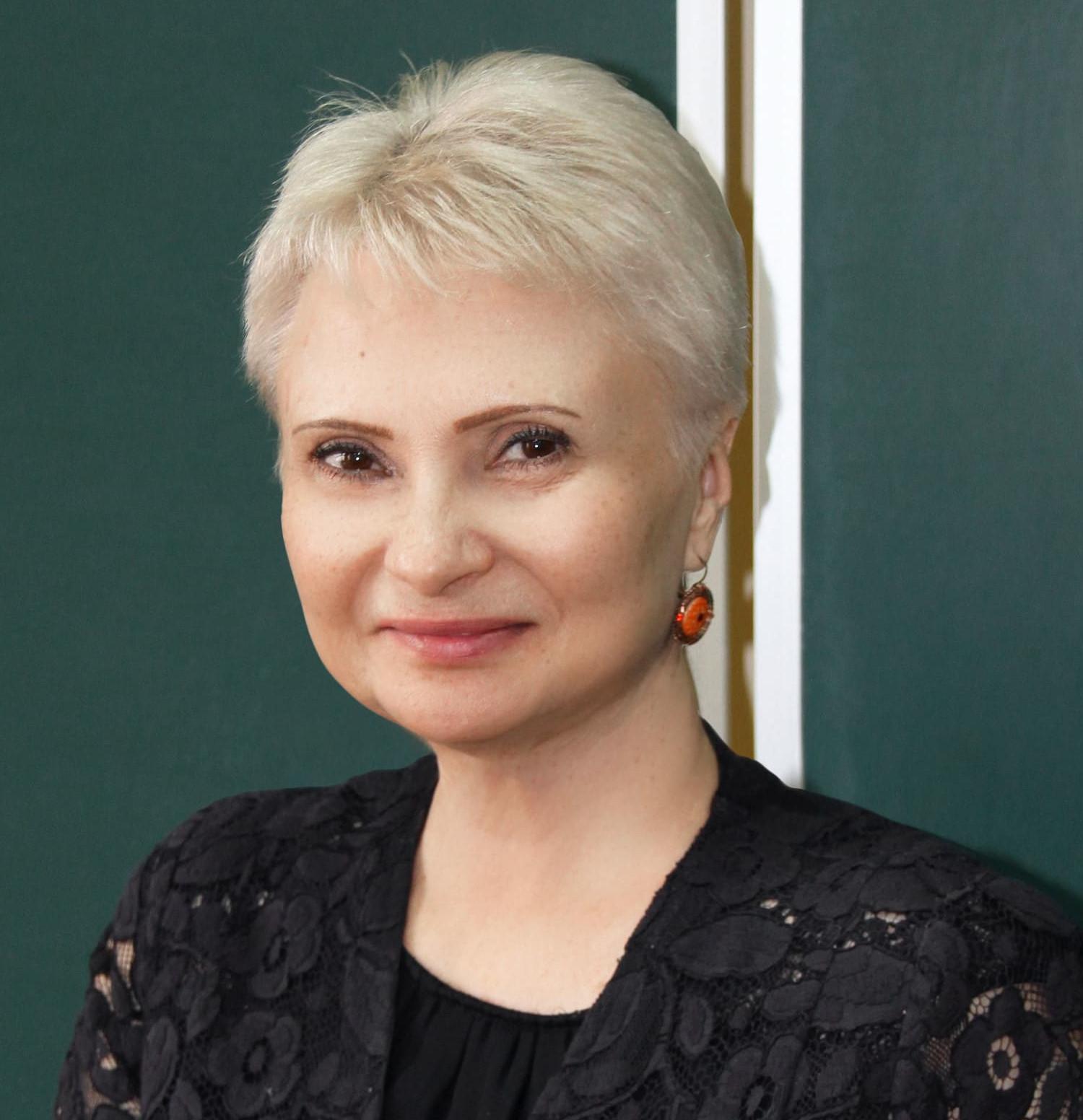 Звонова Елена Анатольевна